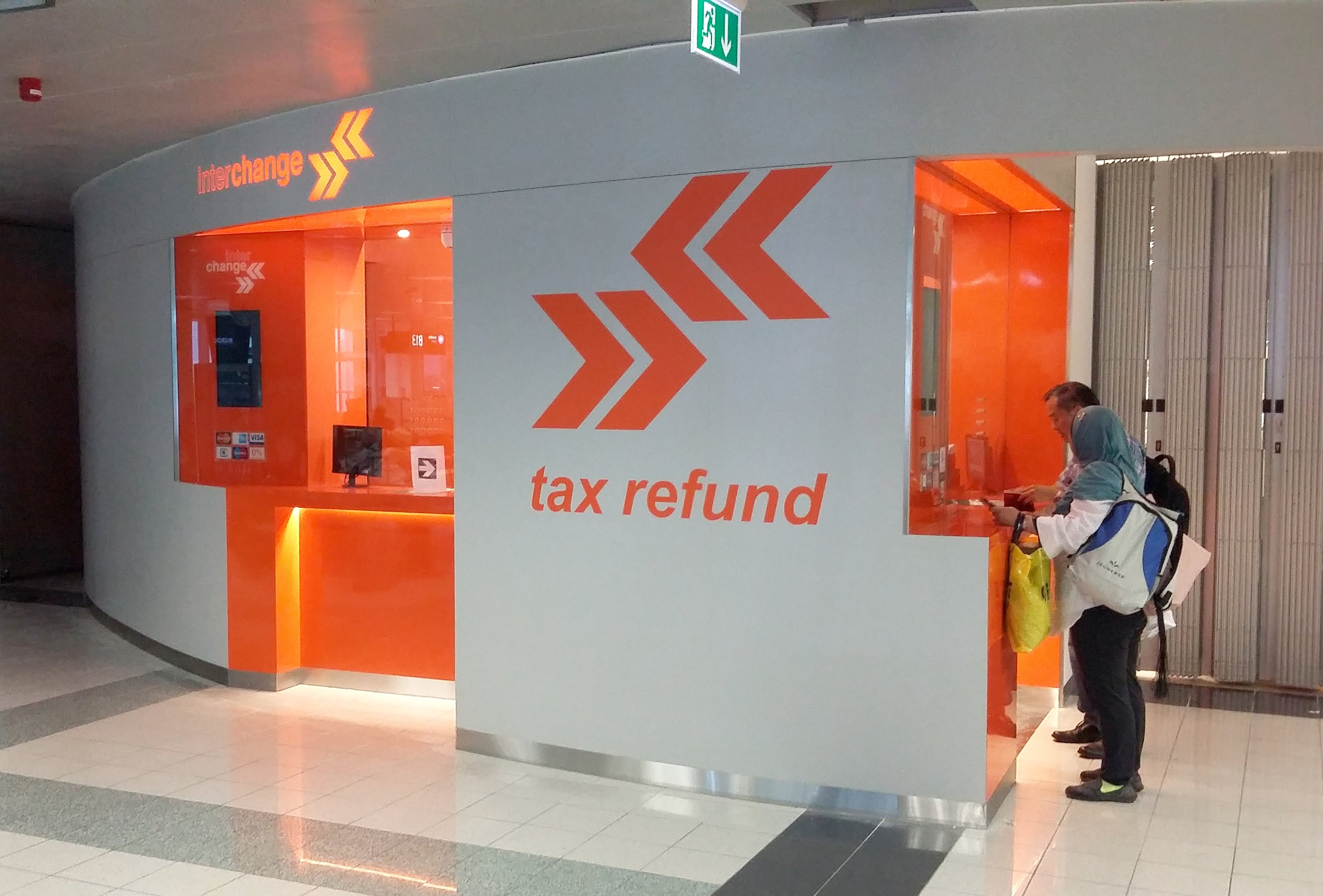 Refurbishment Of Interchange S Exchange Office At The Budapest Airport T2b